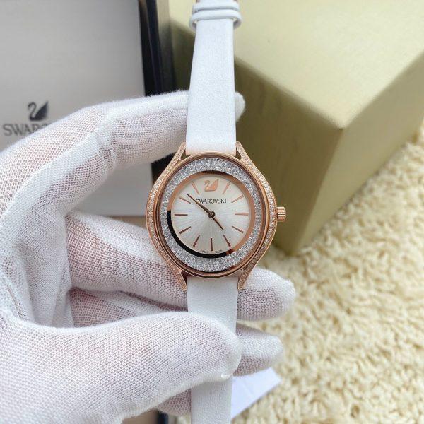 Đồng hồ Swarovski nữ dây da màu trắng