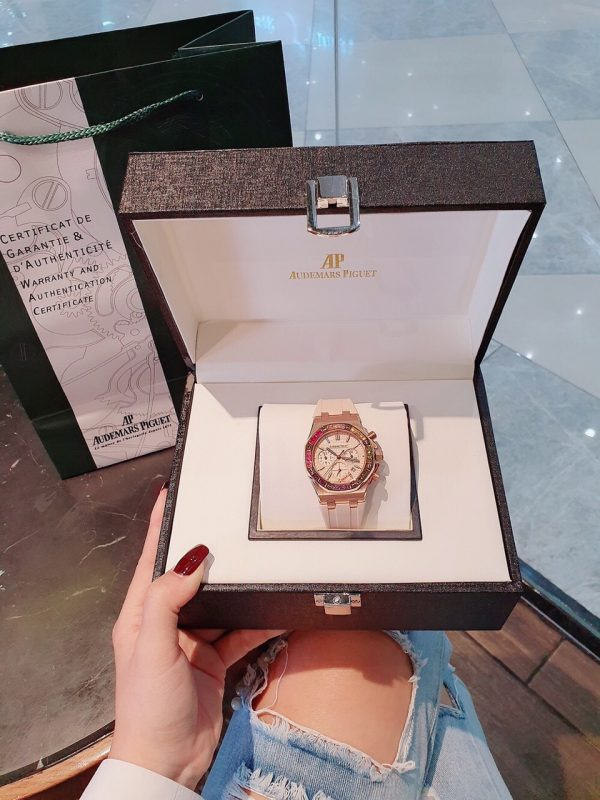 Đồng hồ Audemars Piguet nữ