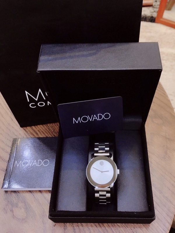 Đồng hồ Movado Bold