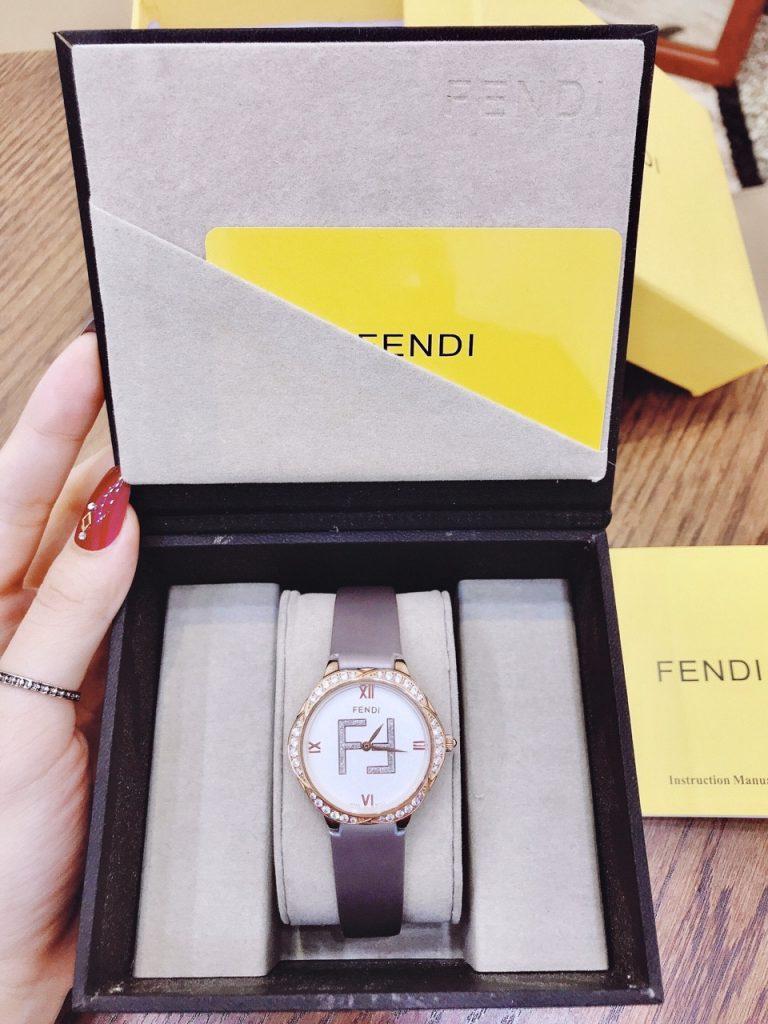 Đồng hồ Fendi nữ dây da
