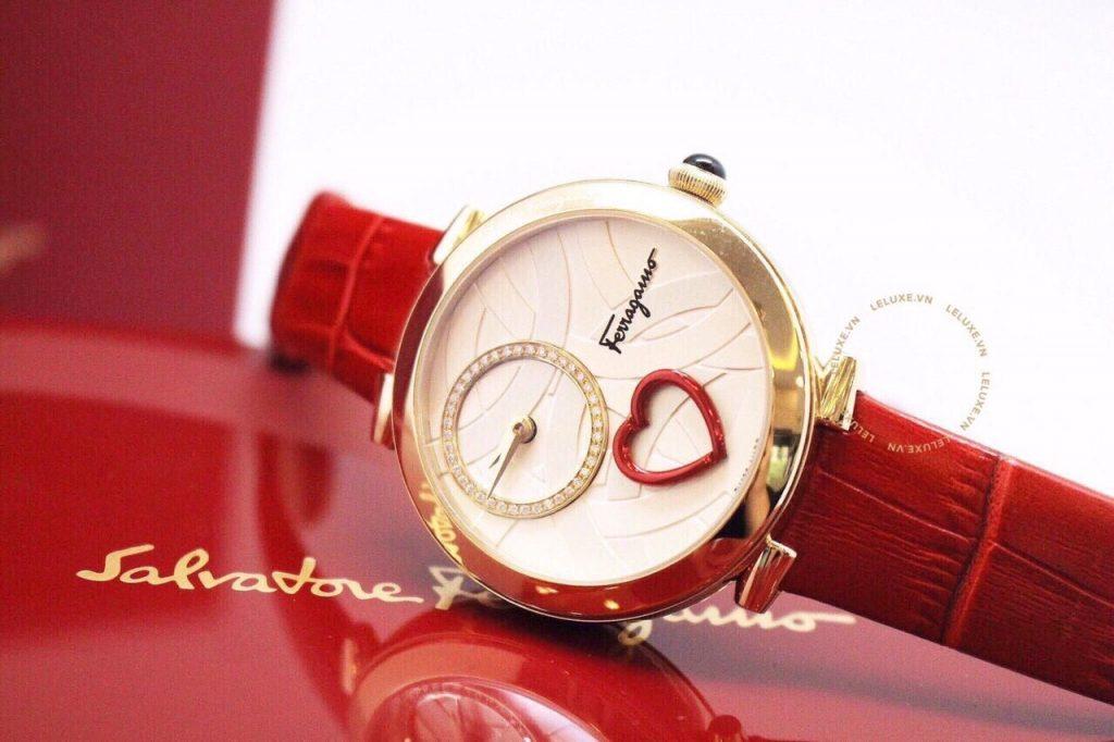 Đồng hồ Ferragamo nữ fake