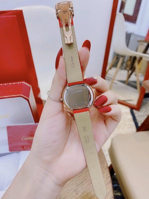Đồng hồ Cartier nữ mặt tròn