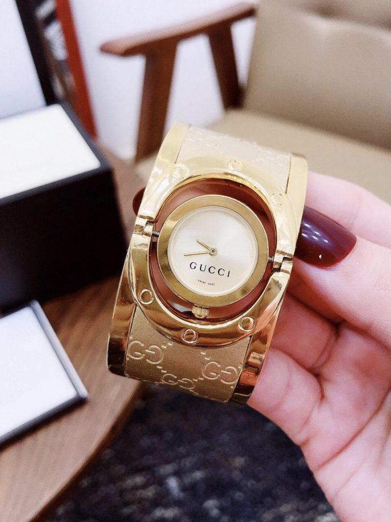 Đồng hồ Gucci nữ 2