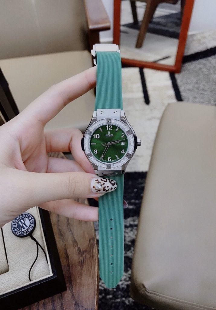 Đồng hồ Hublot nữ màu xanh lá