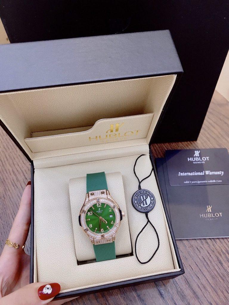 Đồng hồ Hublot nữ màu xanh lá cây