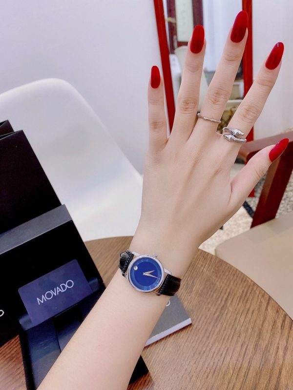 Đồng hồ Movado fake