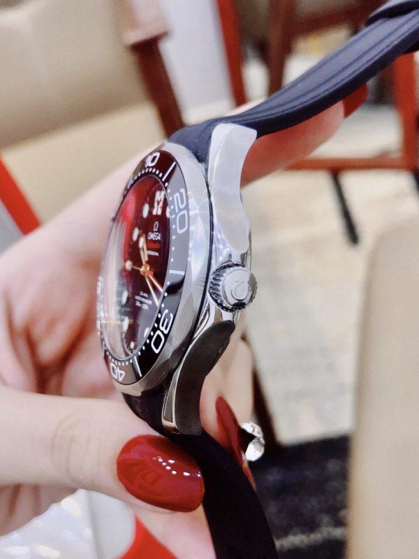Đồng hồ Omega nam dây cao su