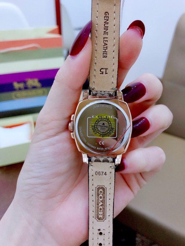 Đồng hồ coach nữ mặt vuông