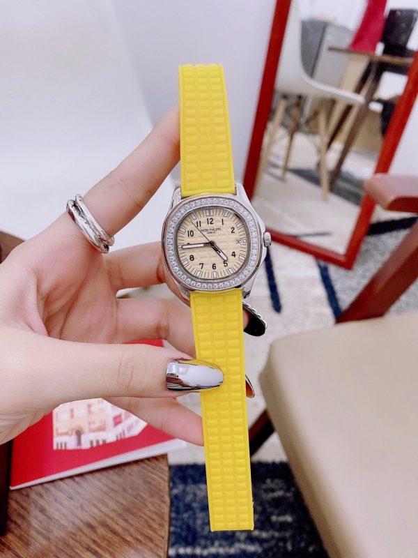Đồng hồ đeo tay nữ dây cao su