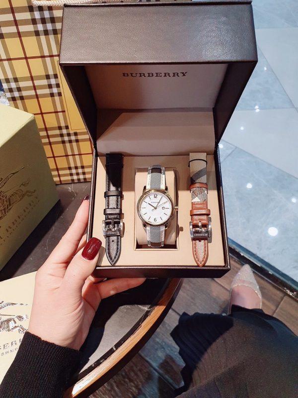 Đồng hồ Burberry nữ dây da kẻ