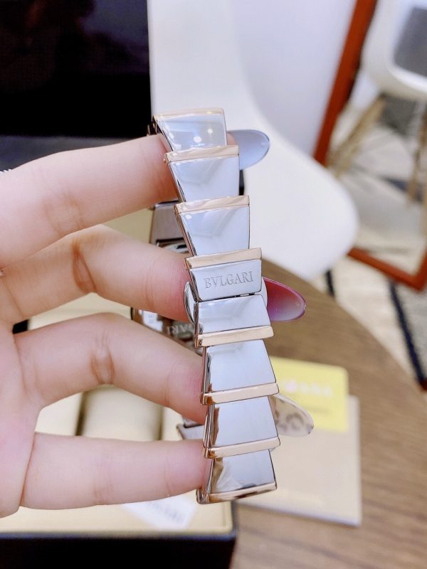 Đồng hồ Bvlgari nữ đẹp dây kim loại