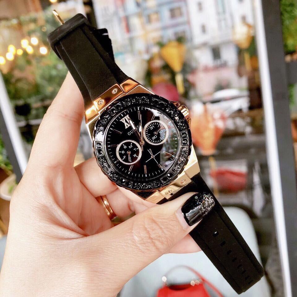 Đồng hồ Guess nữ dây cao su