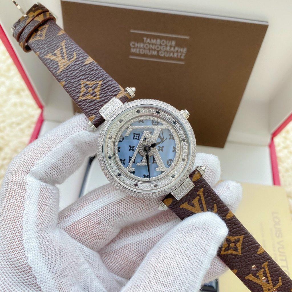 Đồng hồ Louis Vuitton nữ