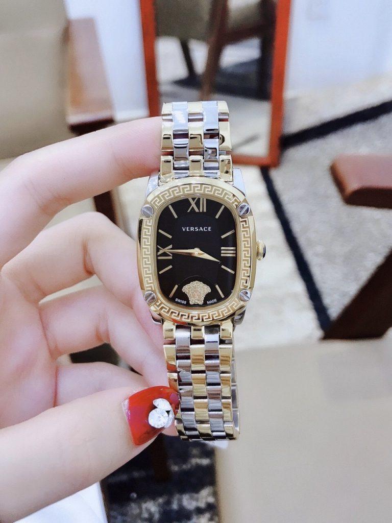Đồng hồ nữ dây kim loại Versace