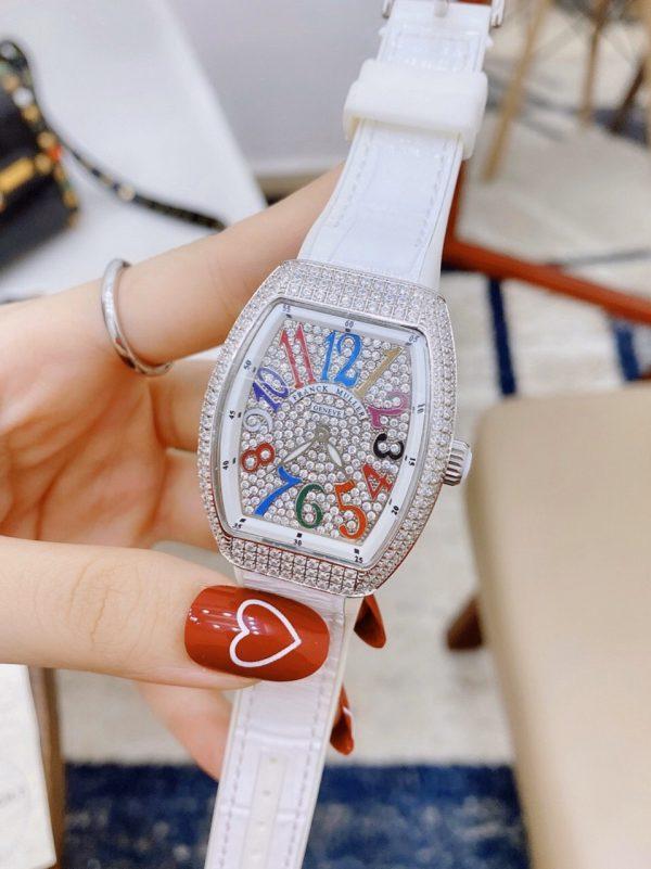 Đồng hồ đeo tay nữ cao cấp
