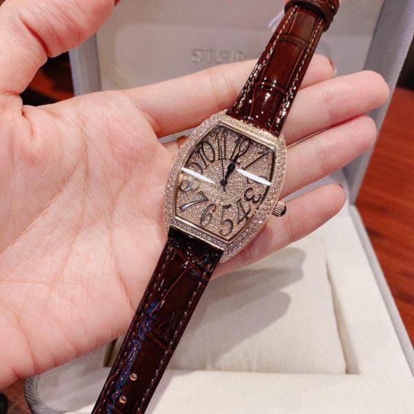 Đồng hồ Davena giá