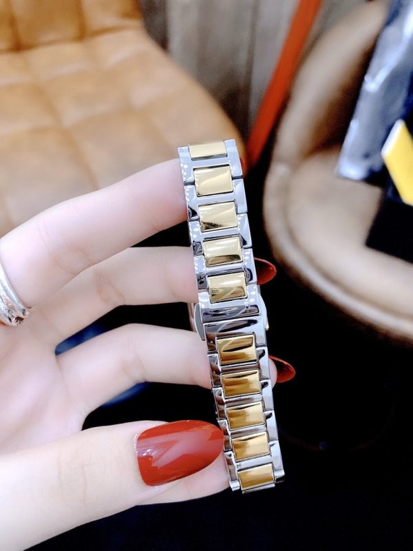 Đồng hồ Fendi nữ đẹp