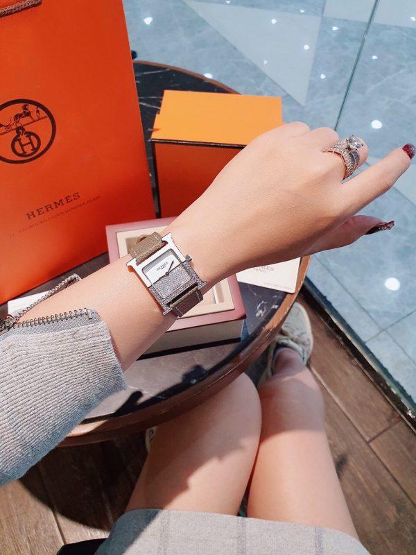Đồng hồ Hermes nữ đính đá