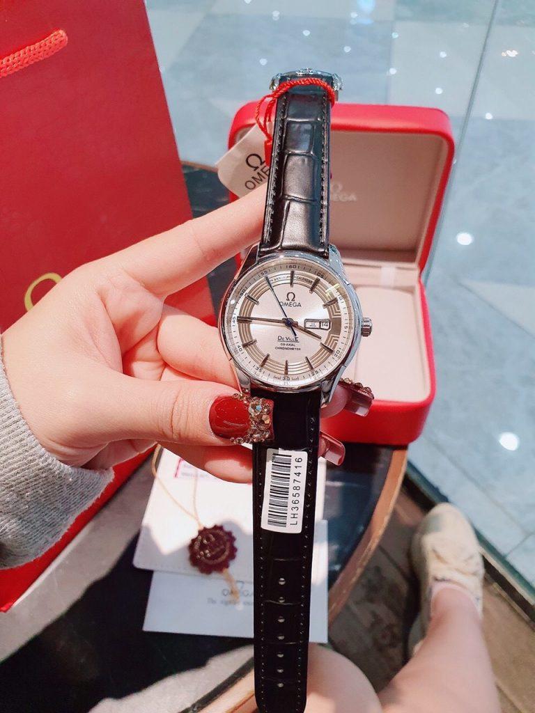 Đồng hồ Omega automatic