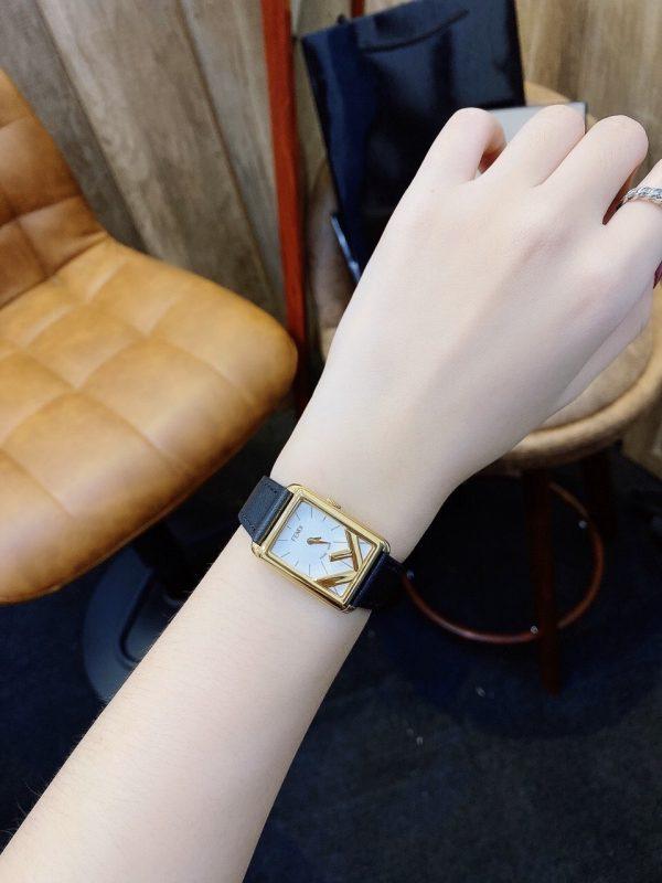 Đồng hồ dây da nữ cao cấp