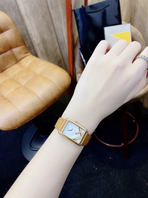 Đồng hồ dây da nữ giá rẻ