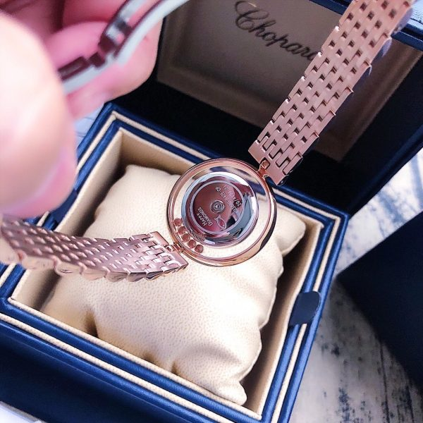 Đồng hồ nữ cao cấp dây kim loại