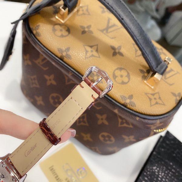 Đồng hồ Cartier nữ dây da