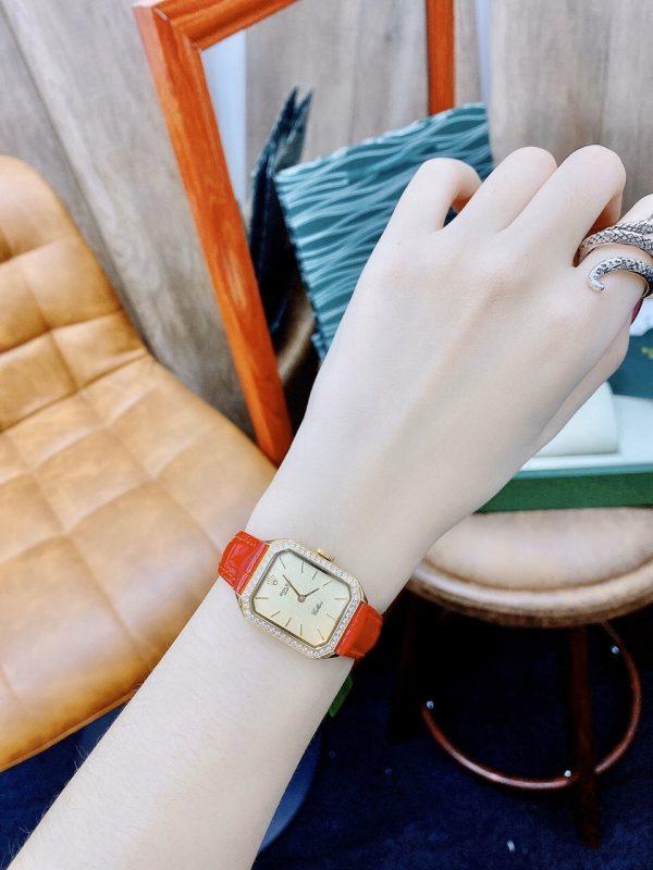 Đồng hồ Rolex nữ màu đỏ