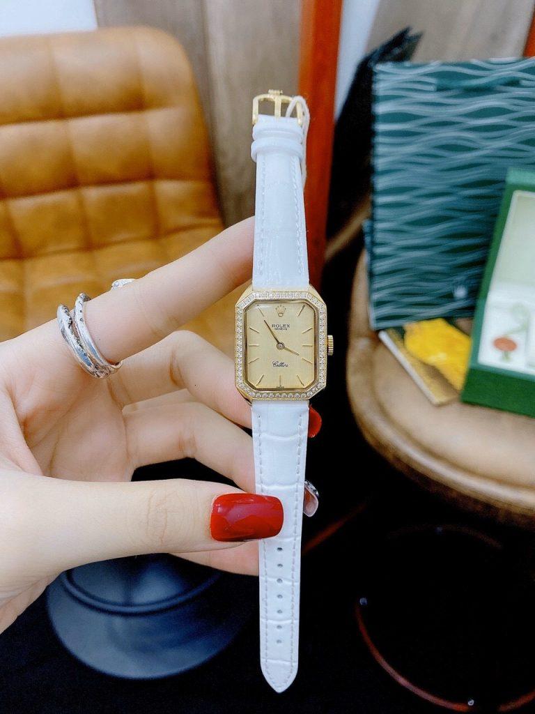 Đồng hồ Rolex nữ màu trắng