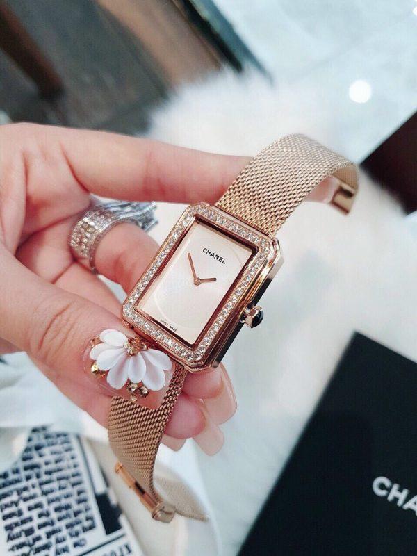 Đồng hồ Chanel nữ đính đá
