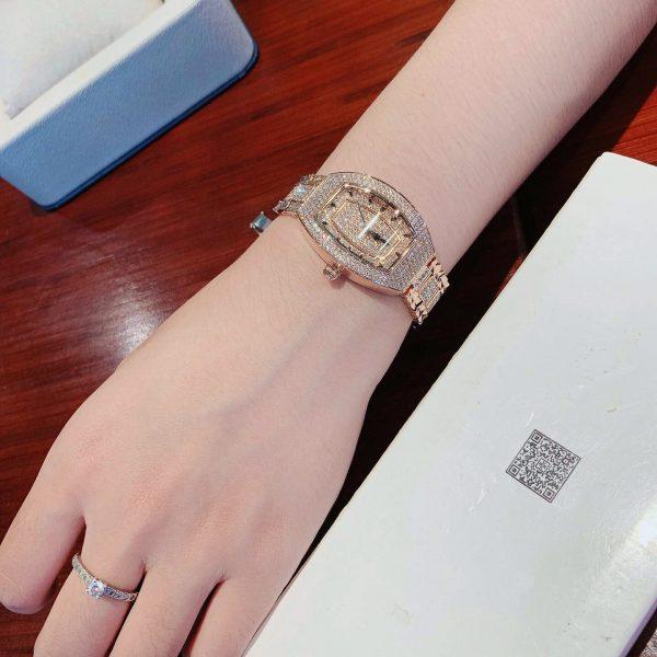 Đồng hồ Davena đính đá