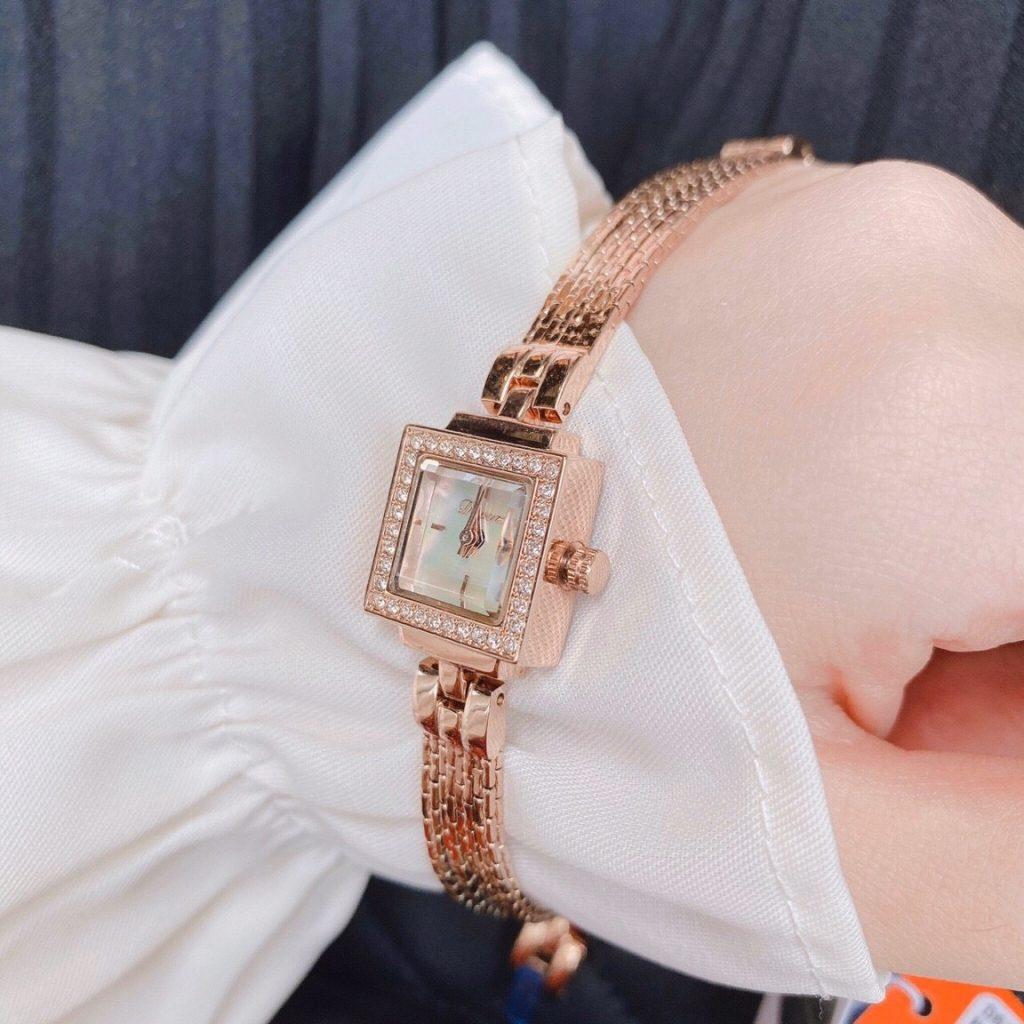 Đồng hồ Davena nữ đính đá