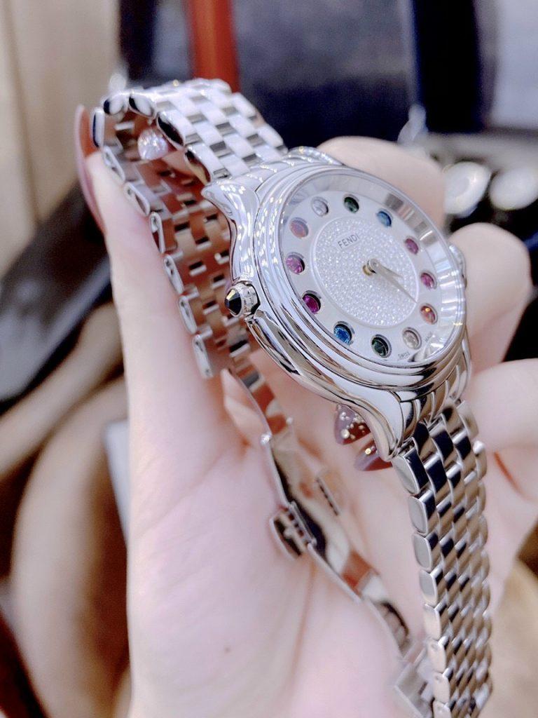 Đồng hồ Fendi nữ đính đá