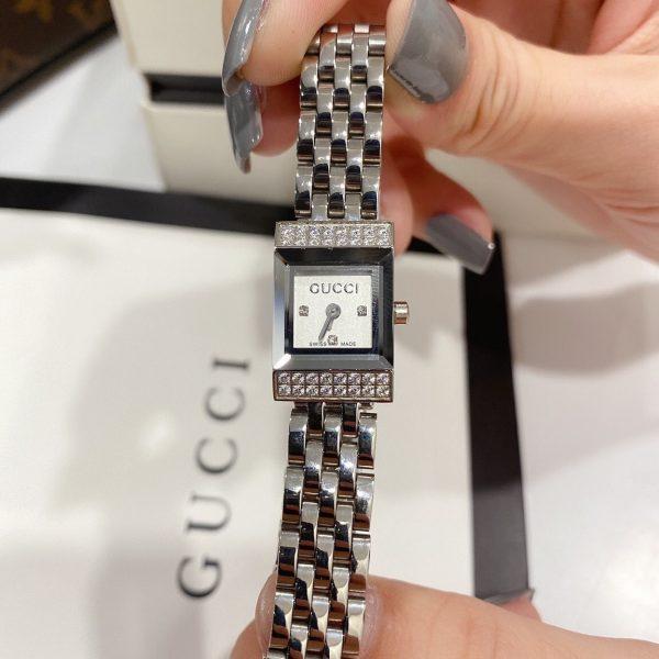 Đồng hồ Gucci nữ mặt vuông đính đá