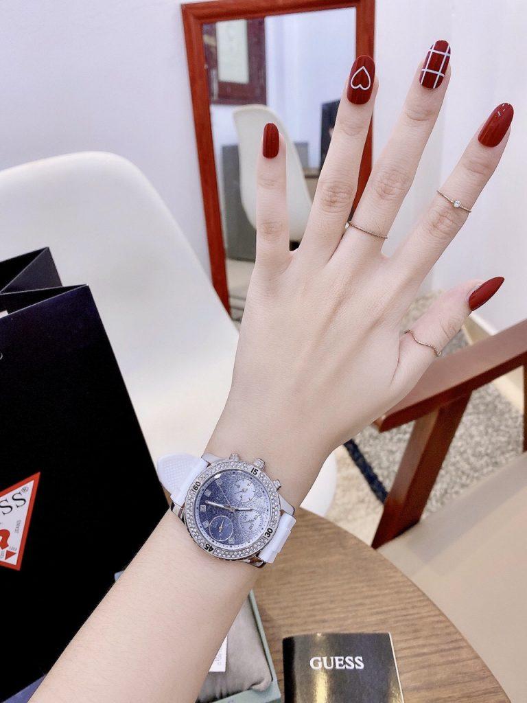 Đồng hồ Guess nữ giá rẻ