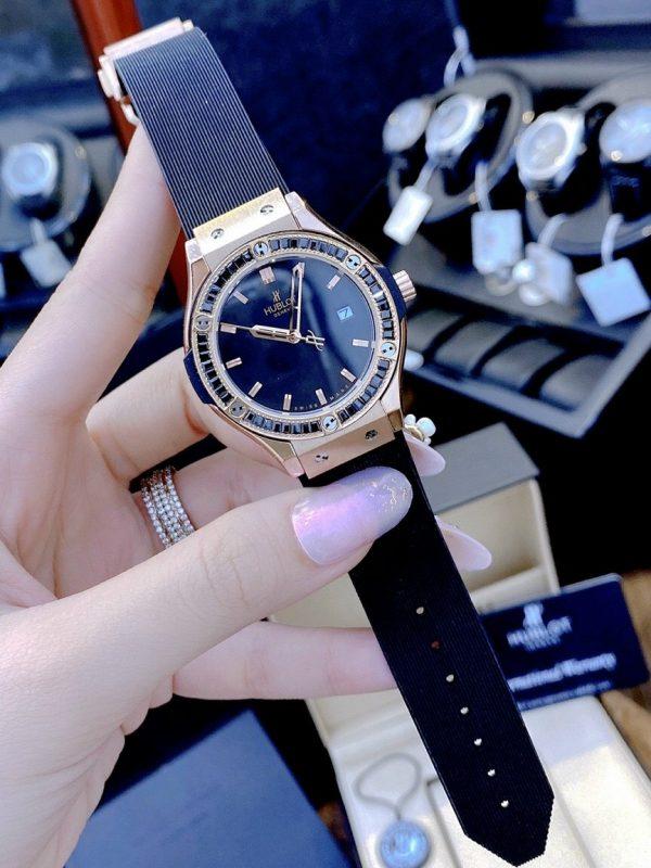 Đồng hồ Hublot nữ màu đen