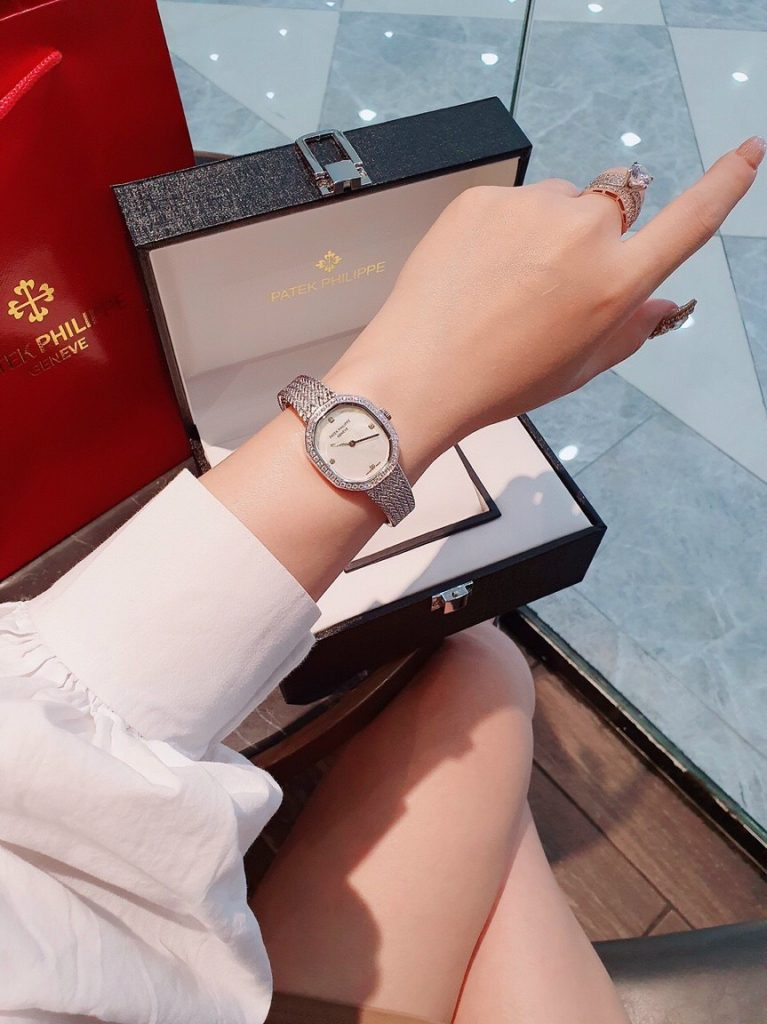 Đồng hồ Patek Philippe nữ đẹp