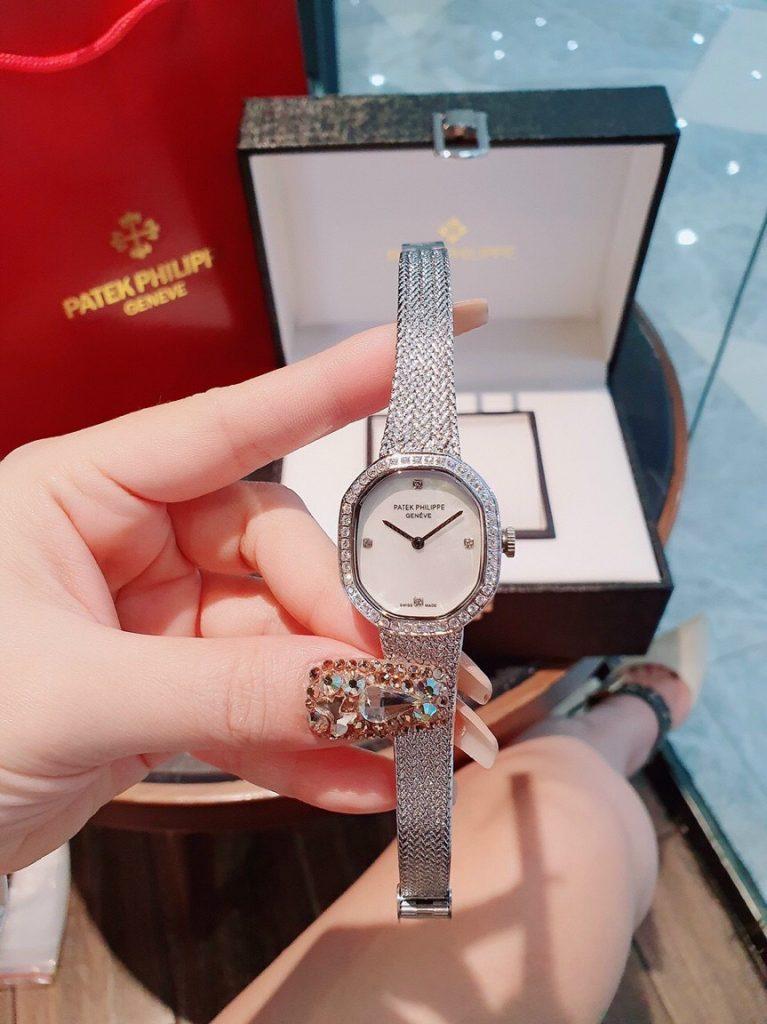Đồng hồ Patek Philippe nữ dây kim loại