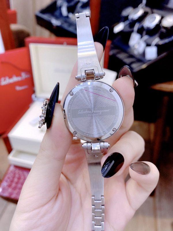 Đồng hồ Salvatore Ferragamo nữ dạng lắc