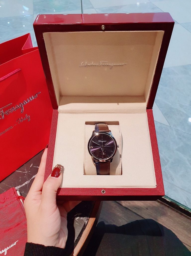 Đồng hồ Salvatore Ferragamo nam dây da