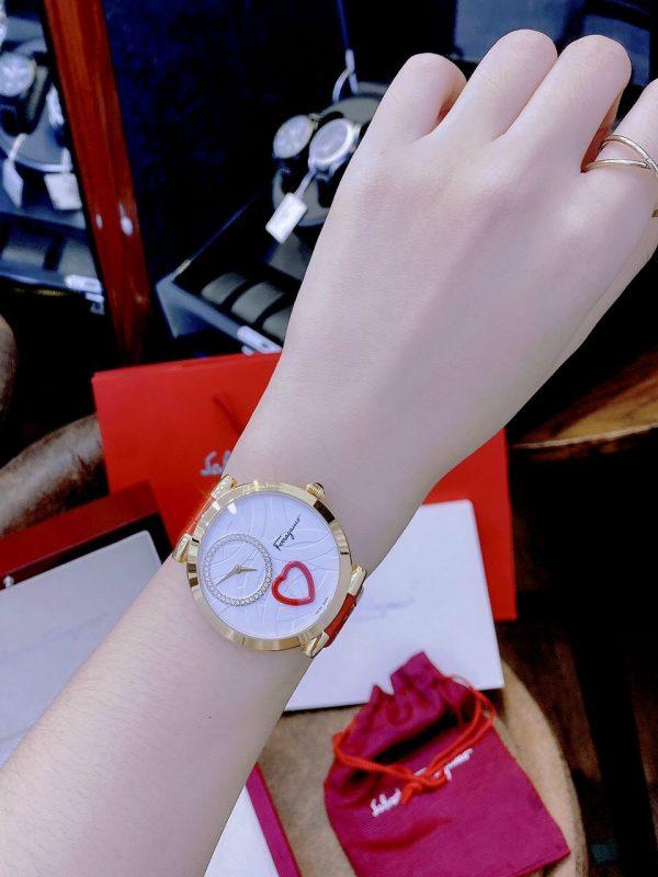 Đồng hồ Ferragamo nữ đính đá