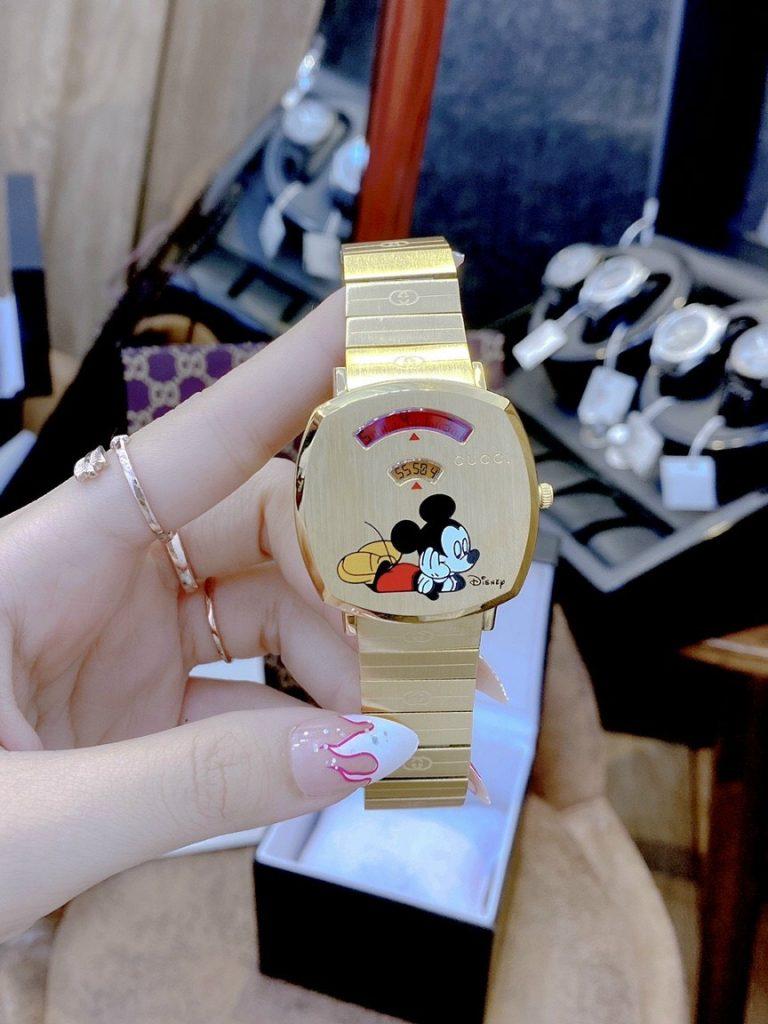 Đồng hồ Gucci fake