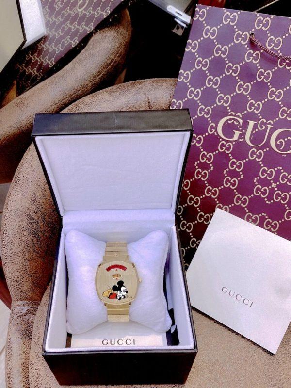 Đồng hồ Gucci mặt vuông