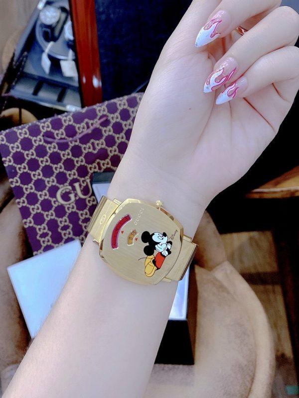 Đồng hồ Gucci nam mặt vuông