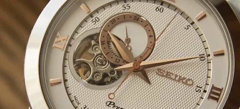 Hướng dẫn phân biệt đồng hồ cơ lộ máy nhật bản và trung quốc
