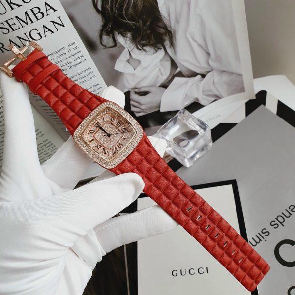 Đồng hồ Davena nữ dây da màu đỏ