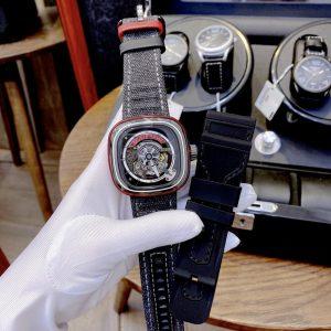 Đồng hồ SevenFriday dây cao su
