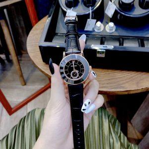 Đồng hồ Swarovski nữ dây da màu đen