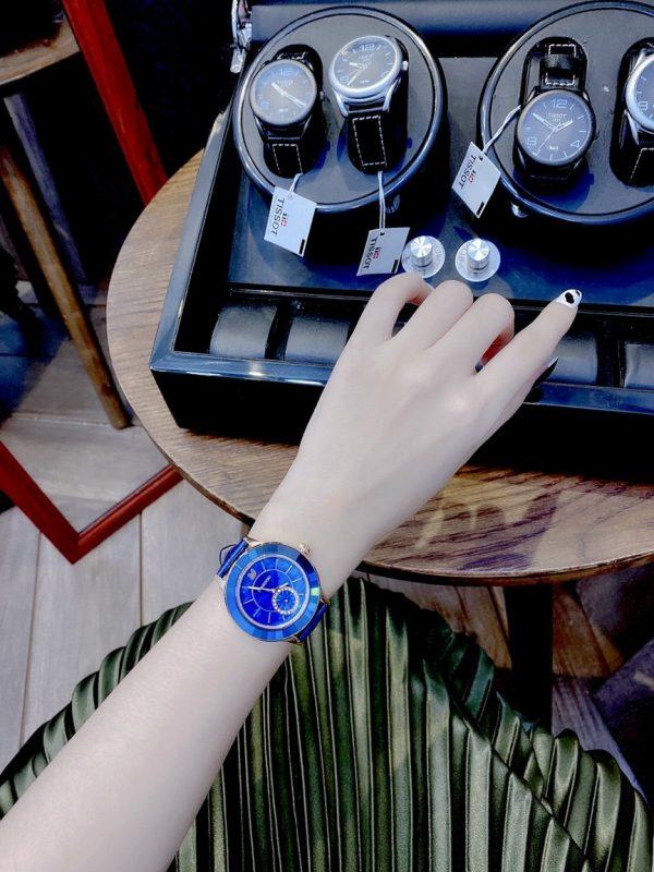 Đồng hồ Swarovski nữ mặt tròn