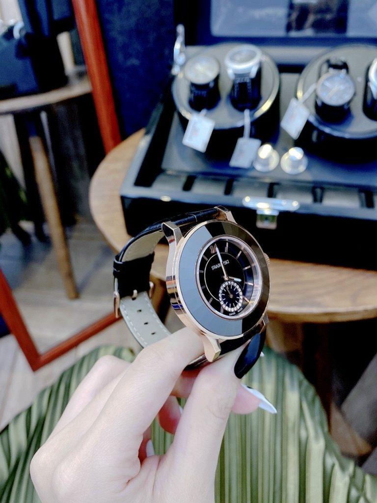 Đồng hồ Swarovski nữ siêu cấp